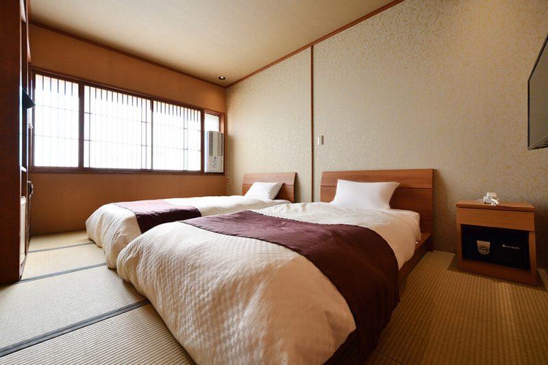 ツインルーム シングルベッドメイン画像